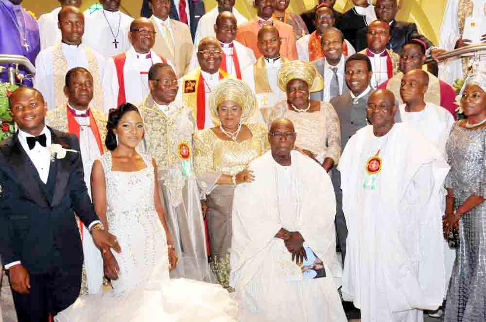 PIC 2. PRESIDENT  JONATHAN'S  NIECE WEDDING IN ABUJA