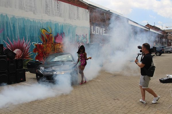 Yemi Alade - Taking Over Me [Video Shoot] (13)