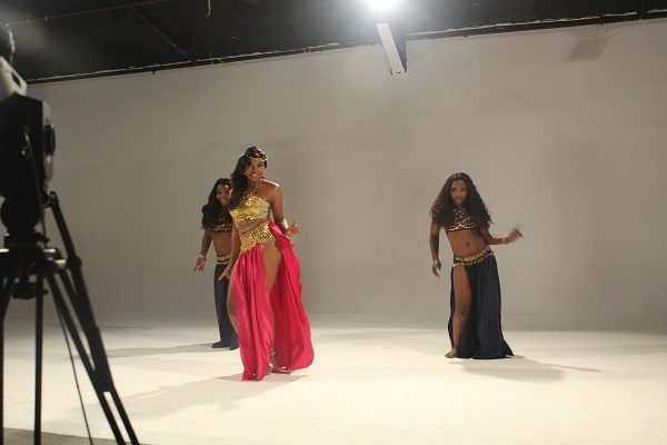Yemi Alade - Taking Over Me [Video Shoot]