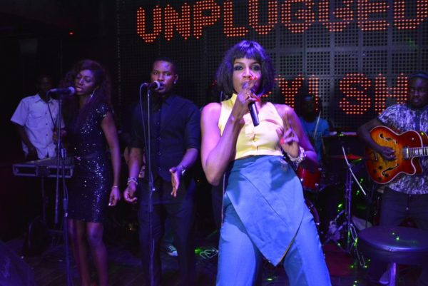 01 SEYI SHAY ONE NITE LIVE & UNPLUGGED