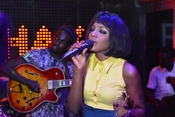 02 SEYI SHAY ONE NITE LIVE UNPLUGGED