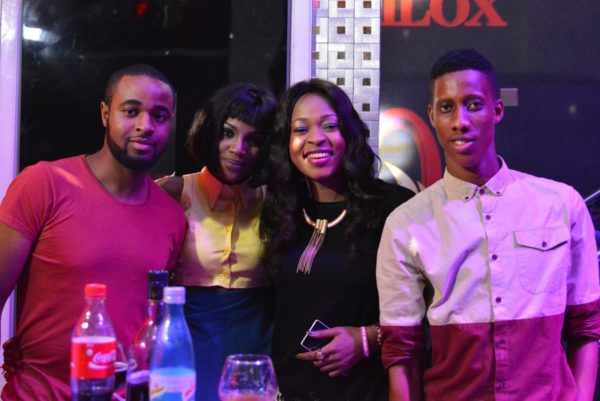 9 TAKE A POSE SEYI SHAY WITH AUDIENCE MEMBERS