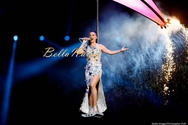 Katy-Perry-Super-Bowl-Halftime-Performance-February-2015-BellaNaija0003