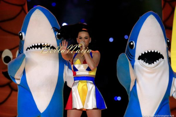 Katy-Perry-Super-Bowl-Halftime-Performance-February-2015-BellaNaija0009