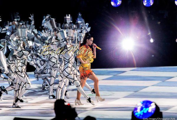 Katy-Perry-Super-Bowl-Halftime-Performance-February-2015-BellaNaija0022