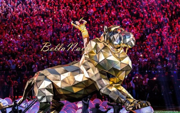 Katy-Perry-Super-Bowl-Halftime-Performance-February-2015-BellaNaija0023