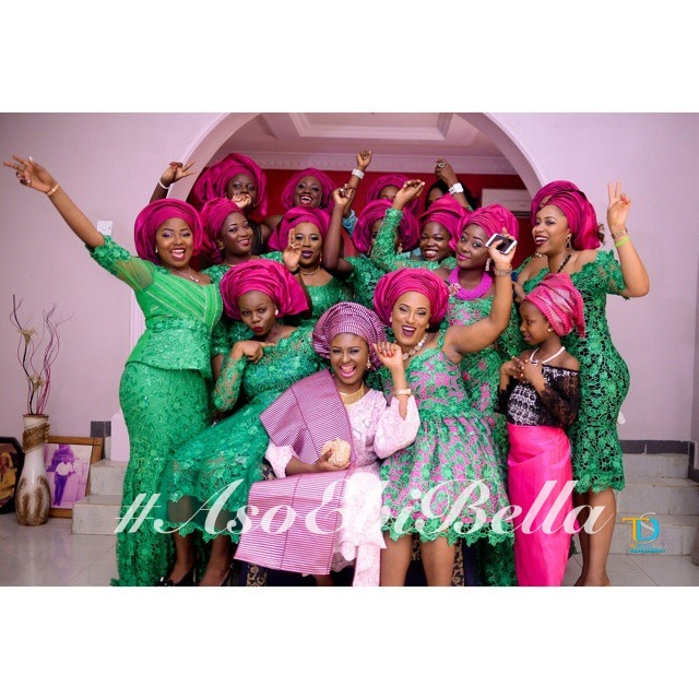asoebi by @hopsytrendies, photo by @thedebolastyles