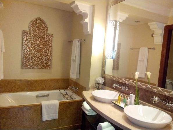 Palace Bathroom REAL