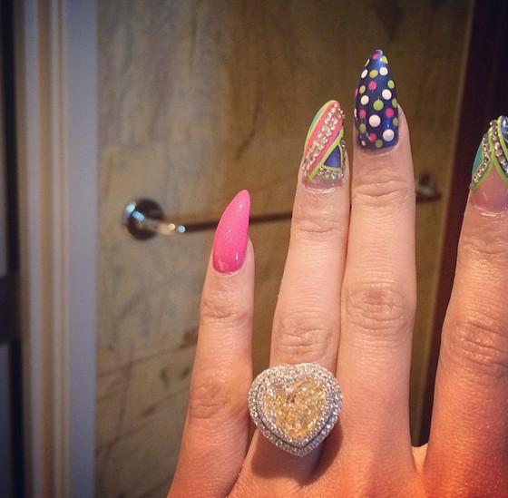 Nicki Minaj - BellaNaija.com