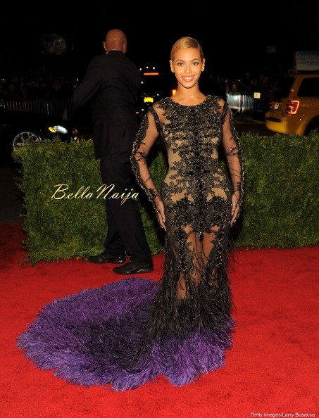 Kim-Kardashian-Beyonce (3)