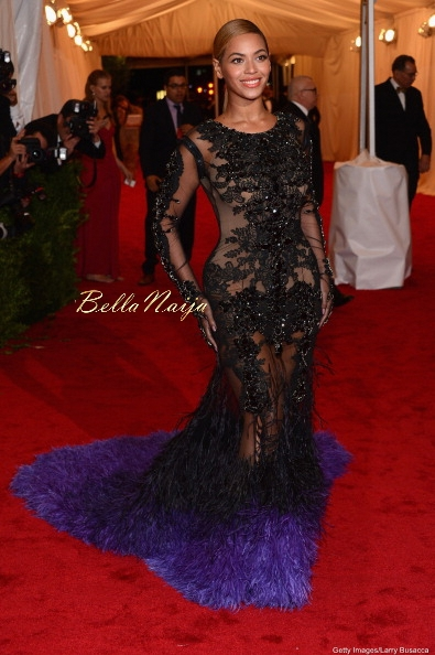 Kim-Kardashian-Beyonce (6)