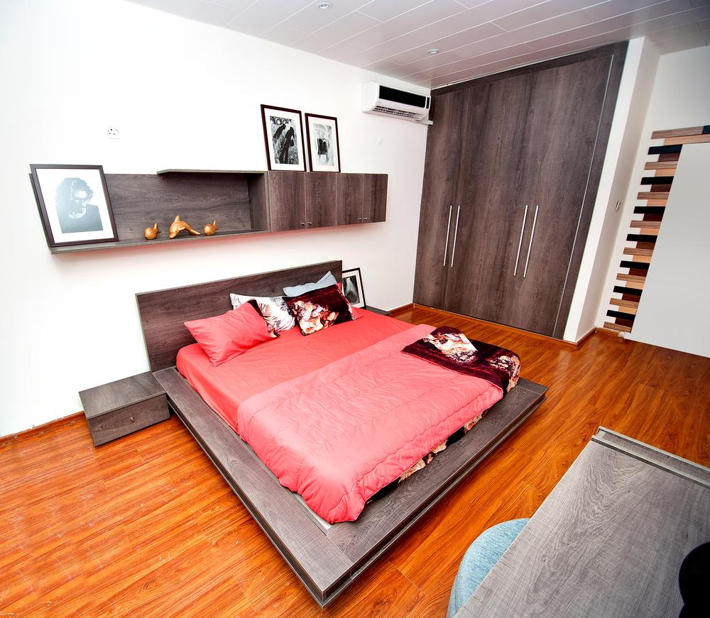 From tony elumelu to tonto dikeh get a peek into the for Bedroom designs in nigeria