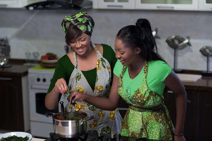 Omotola & Meraiah Jalade-Ekeinde for Knorr - BellaNaija - May 2015004