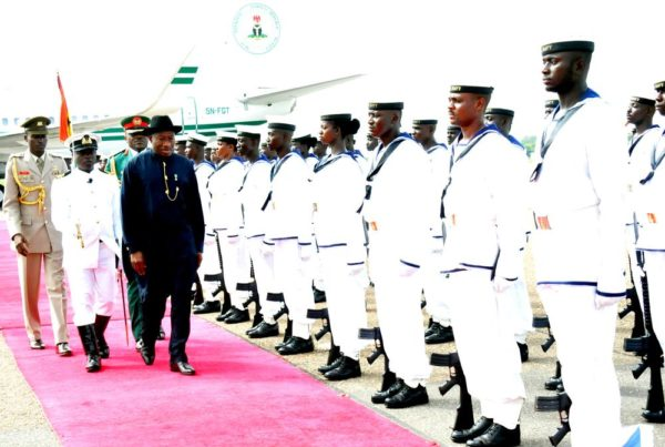 PIC. 8. PRESIDENT GOODLUCK JONATHAN, INSPECTING GUARD OF HONOUR AT THE 47TH  ORDINARY SESSION OF THE ECOWAS AUTHORITY OF HEADS OF STATE AND GOVERNMENT IN  ACCRA, GHANA ON TUESDAY (19/5/15).