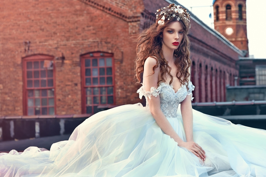 Les Reves Bohemiens-Galia Lahav Spring 2016 Collection on BellaNaija-Cinderella-Zoom