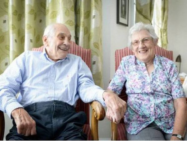 Croozey: Meet World's Oldest Newlyweds! 103 Year Old ...