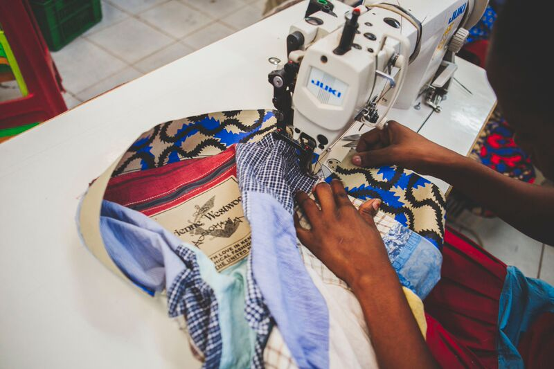 Vivienne Westwood X Ethical Fashion Initiative Celebrate 10th Anniversary of Africa Bags - BellaNaija - June2015007