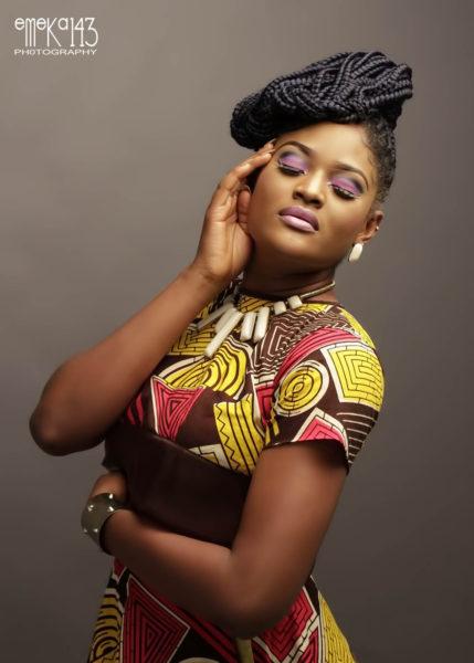 Yemi Alade - Pose B-T-S (3)