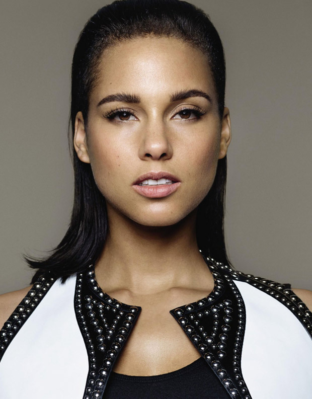 Alicia Keys is Gorgeous & Flawless on the Cover of Grazia Magazine's ... Alicia Keys