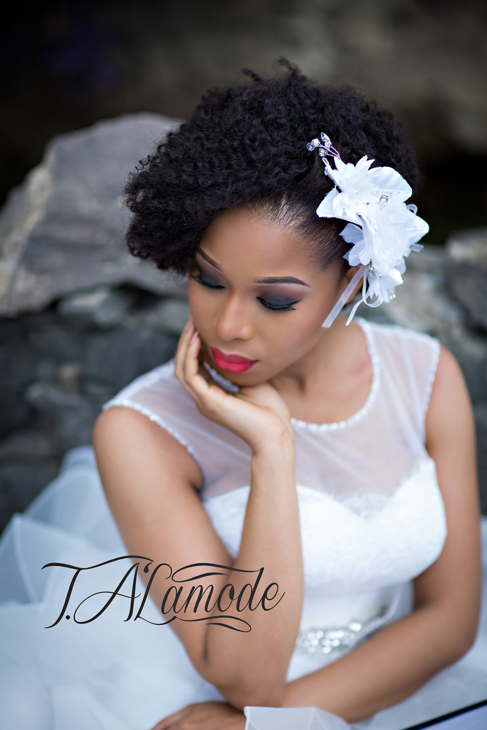 Naija White Wedding Makeup : Striking Natural Hair Looks for the 2015 Bride! T.Alamode ...
