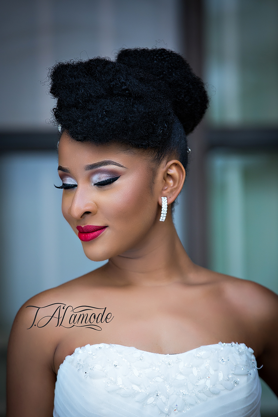 Wedding Makeup Looks For Black Hair : Striking Natural Hair Looks for the 2015 Bride! T.Alamode ...
