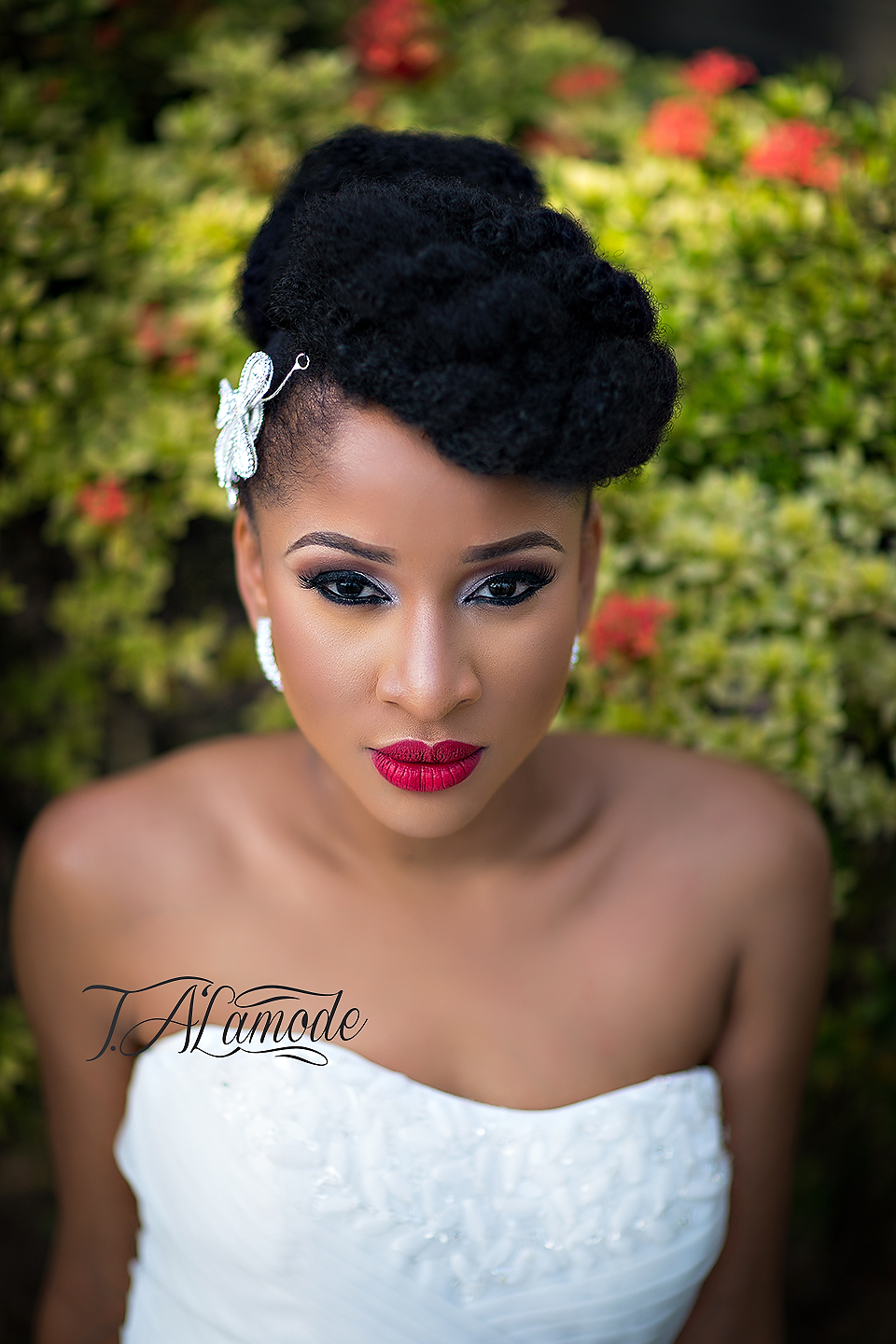 Wedding Makeup Looks For Black Hair : Striking Natural Hair Looks for the 2015 Bride! T.Alamode
