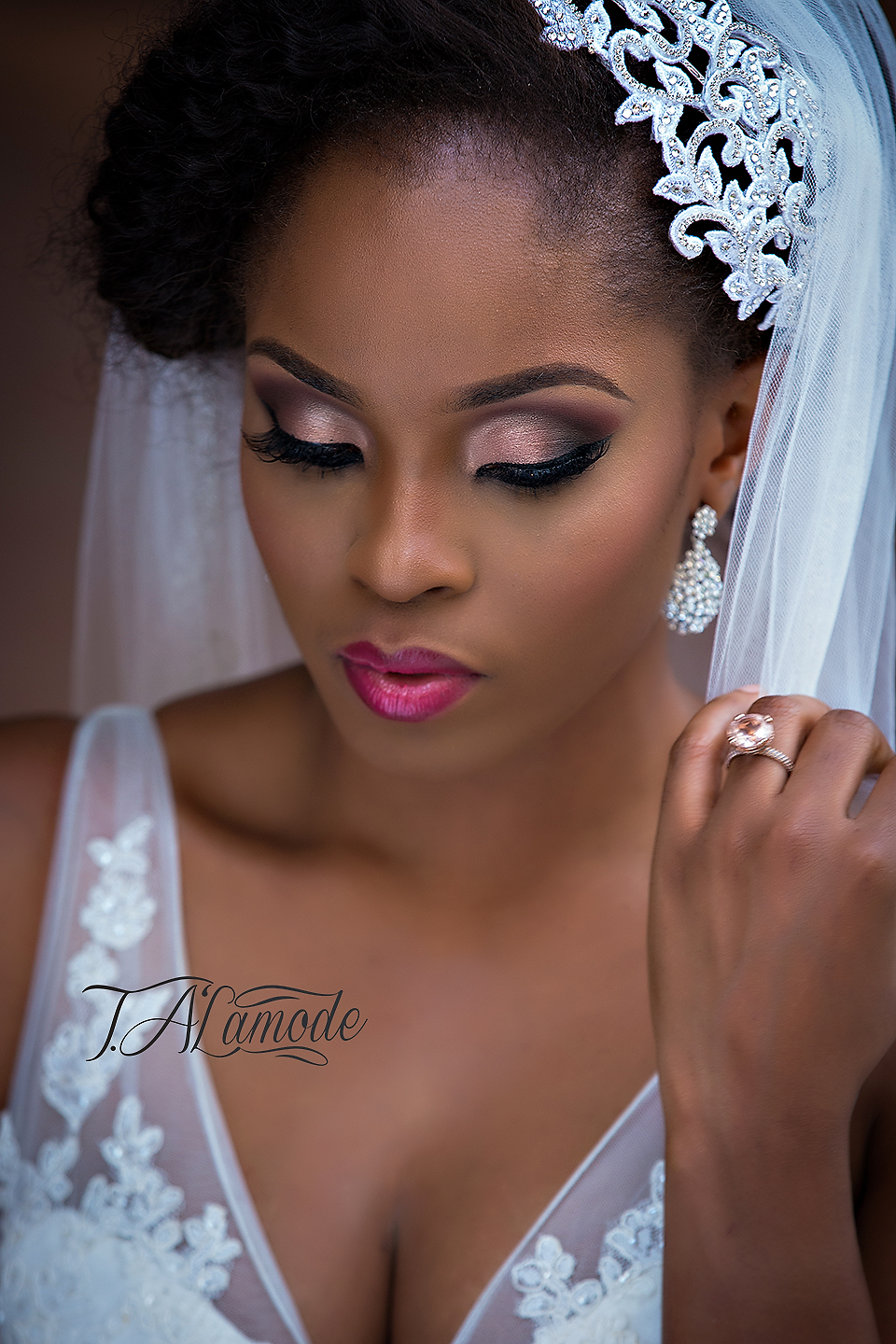 Wedding Makeup Looks For Black Ladies : Striking Natural Hair Looks for the 2015 Bride! T.Alamode ...