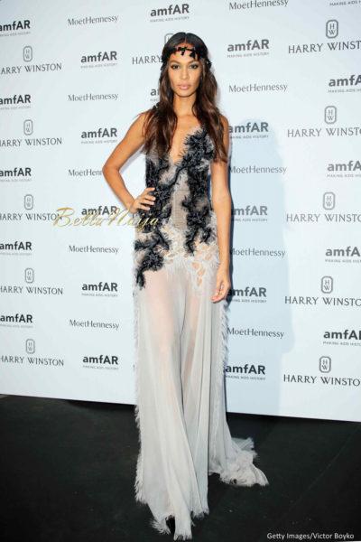 Fashion News: Dita Von Teese, Versace More advise