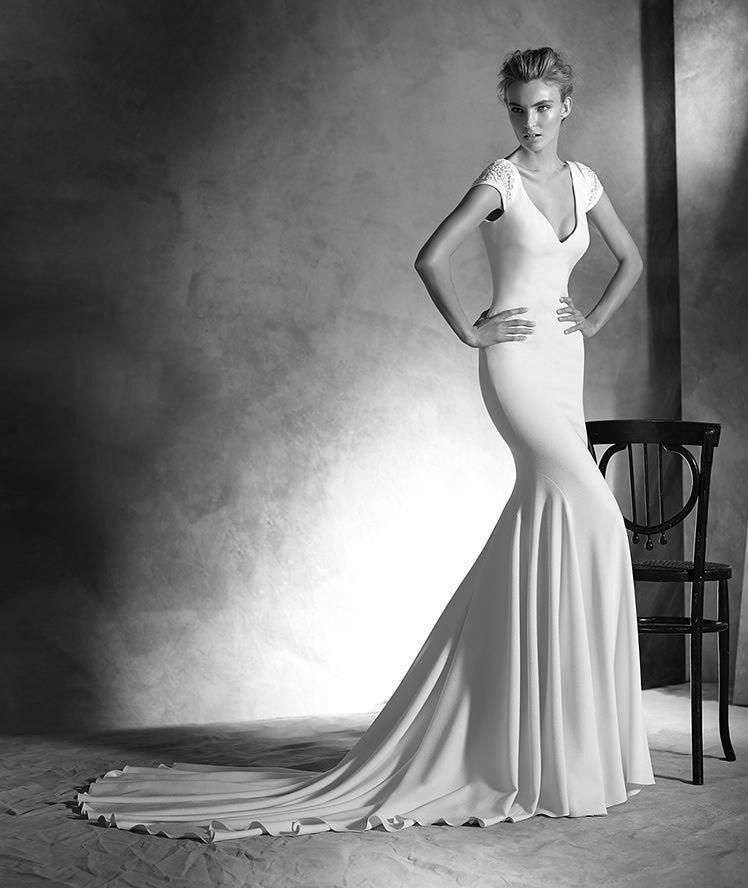 Atelier Pronovias-2016-Wedding Dresses-BellaNaijaIRUNE_B