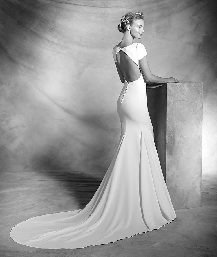 Atelier Pronovias-2016-Wedding Dresses-BellaNaijaVALERIA_C