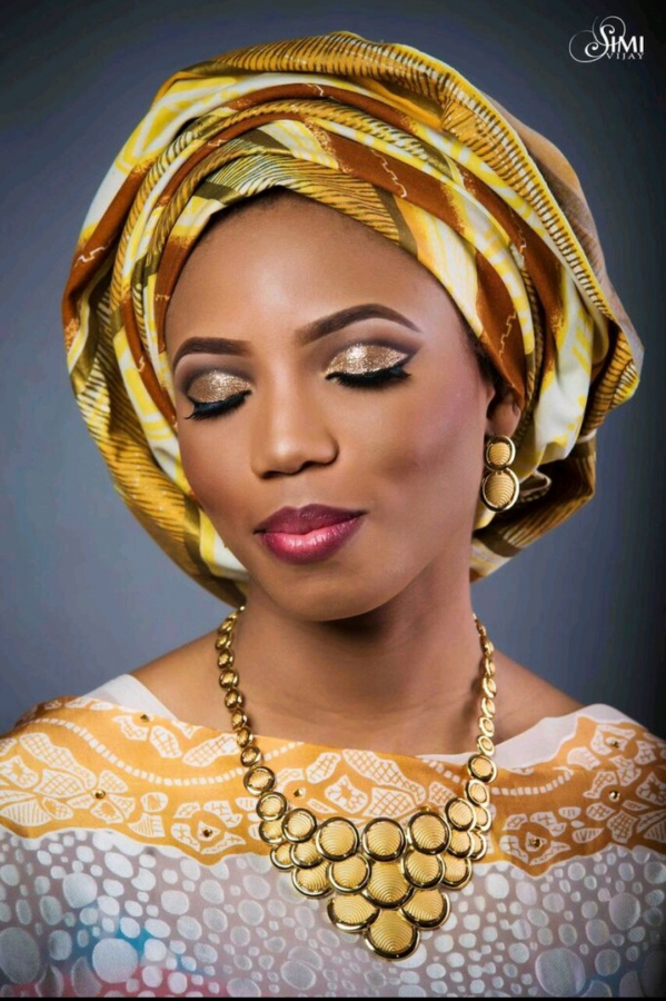 Traditional Wedding Dressup And Makeup : 6 Traditional and White Wedding Beauty Looks for the Bold ...