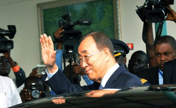 PIC 15. UN SECRETARY-GENERAL, BAN KI-MOON ACKNOWLEDGING CHEERS ON HIS ARRIVAL AT THE  NNAMDI AZIKIWE INTERNATIONAL AIRPORT IN ABUJA ON SUNDAY (23/8/15). 6123/23/8/2015/CH/NAN