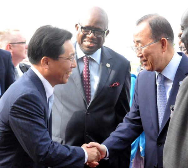 PIC 17. FROM LEFT: AMBASSADOR OF SOUTH KOREA TO NIGERIA, AMB. NOH KYU-DUK AND UN  COUNTRY REPRESENTATIVE IN NIGERIA, MR DAOUDA TOURE, WELCOMING THE UN SECRETARY- GENERAL, BAN KI-MOON WHO ARRIVE NNAMDI AZIKIWE INTERNATIONAL AIRPORT IN ABUJA ON  SUNDAY (23/8/15).     6125/23/8/2015/CH/NAN