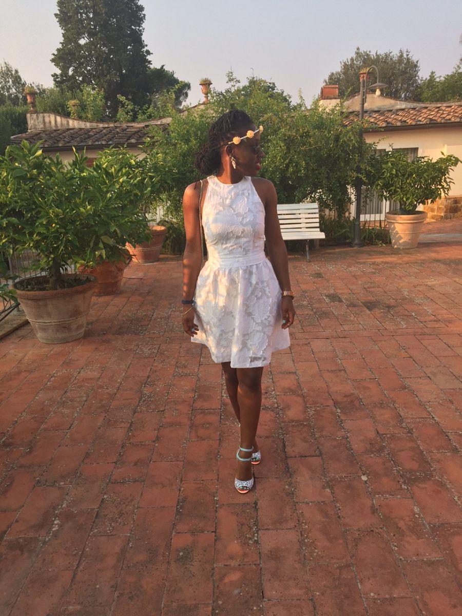Seyifunmi Ajanaku on Finding the Right Shoes - Bellanaija - August005