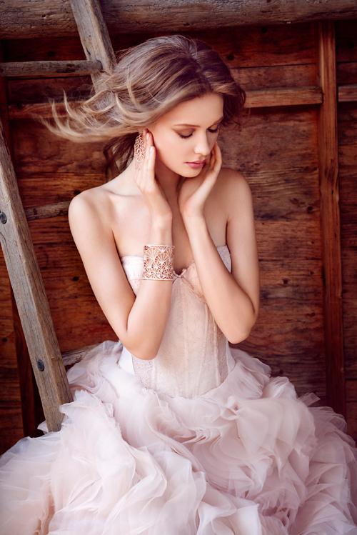 lazaro-bridal-ball-strapless-sweetheart-silk-satin-organza-corset-lace-sheer-cutouts-curved-chapel-3550_x2