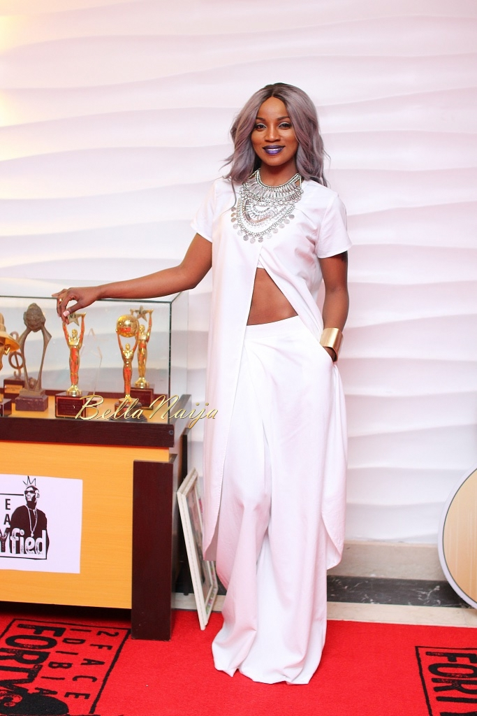 http://www.bellanaija.com/wp-content/uploads/2015/09/2Face-Idibia-FORTYfied-Concert-September-2015-BellaNaija0107.jpg
