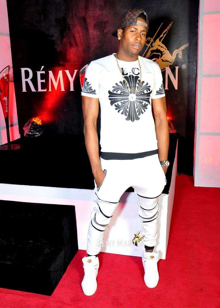 At The Club With Remy Martin Enugu - BellaNaija - September - 2015 ...