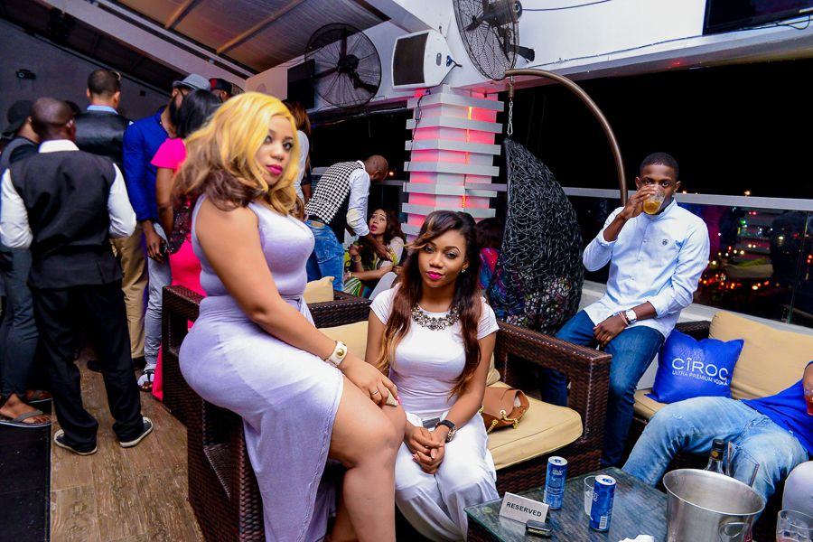 Grill At The Pent Abuja White and Denim Edition - Bellanaija - September017