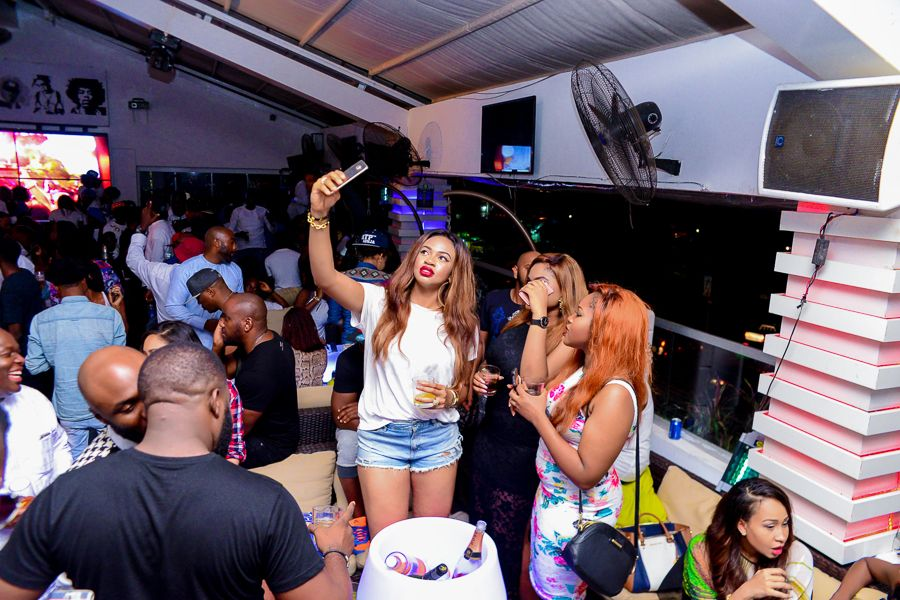 Grill At The Pent Abuja White and Denim Edition - Bellanaija - September020
