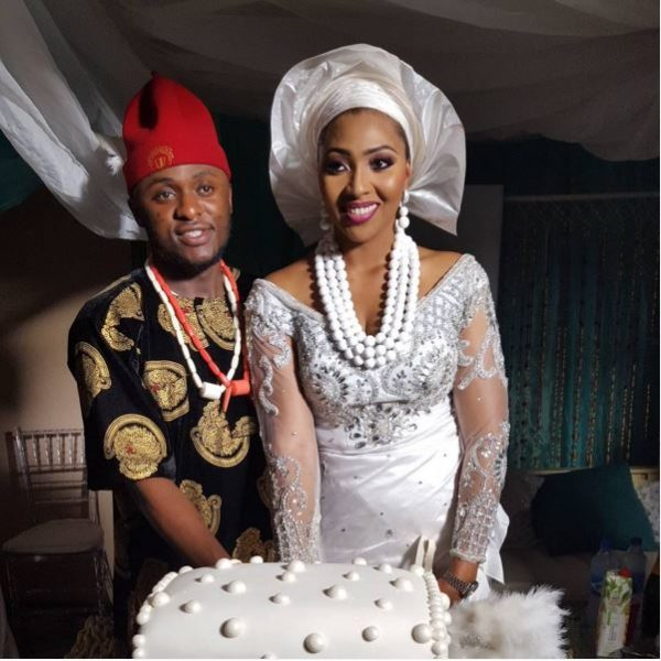 Traditional wedding attire for bride – Buy and Slay