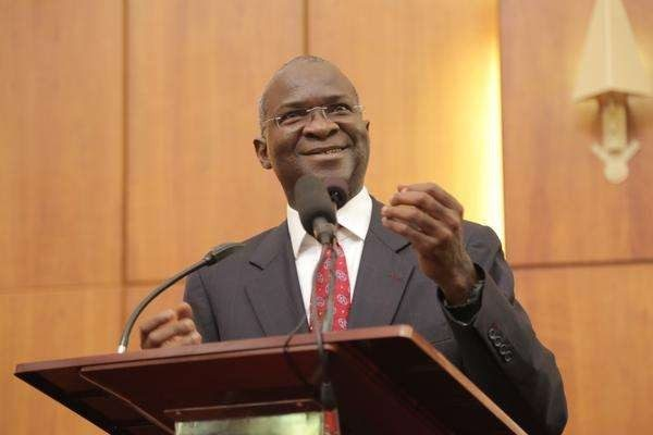 #Budget2017: Don't resort to Name Calling - Fashola replies NASS