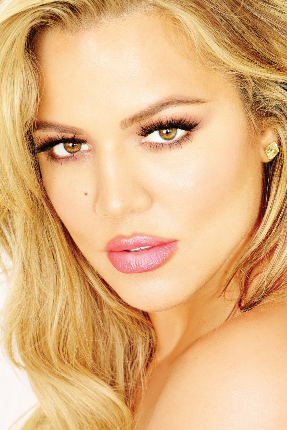 Khloe Kardashian - Strong Looks Better Naked BN 3