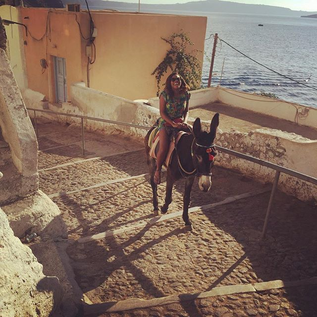 "Dolapo captioned this ""My donkey ""Freddy"" stopped every 5 steps to take a crap! There's 500 steps to get to the top! Was a long trip #idontknowwhobeggedme """