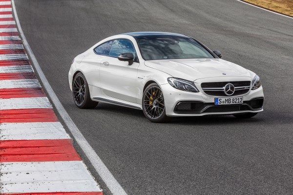 Mercedes-Benz C63 AMG Coupe 2