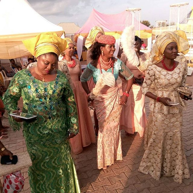 Susan Peters Croon Traditional Wedding 2