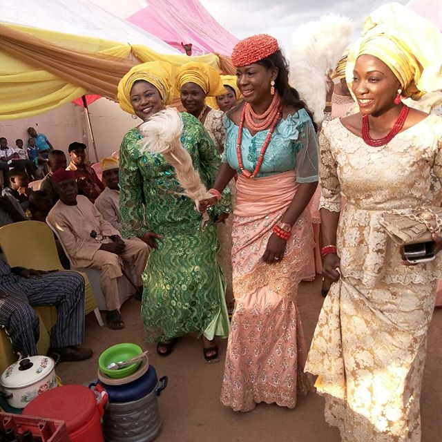 Susan Peters Croon Traditional Wedding 3 1