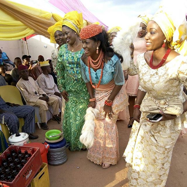 Susan Peters Croon Traditional Wedding 3