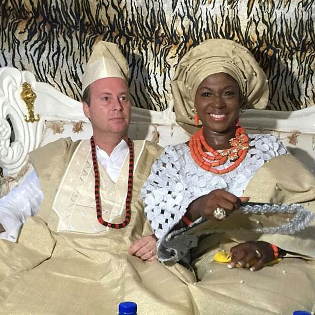 Susan Peters Croon Traditional Wedding 8