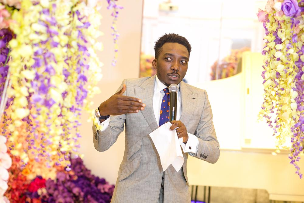 The Host for the Day, Bovi