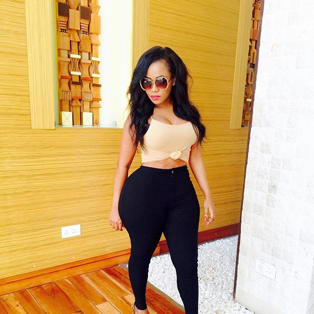 What Does A Vixen Do When On Holiday In Lagos Kenyan Vera